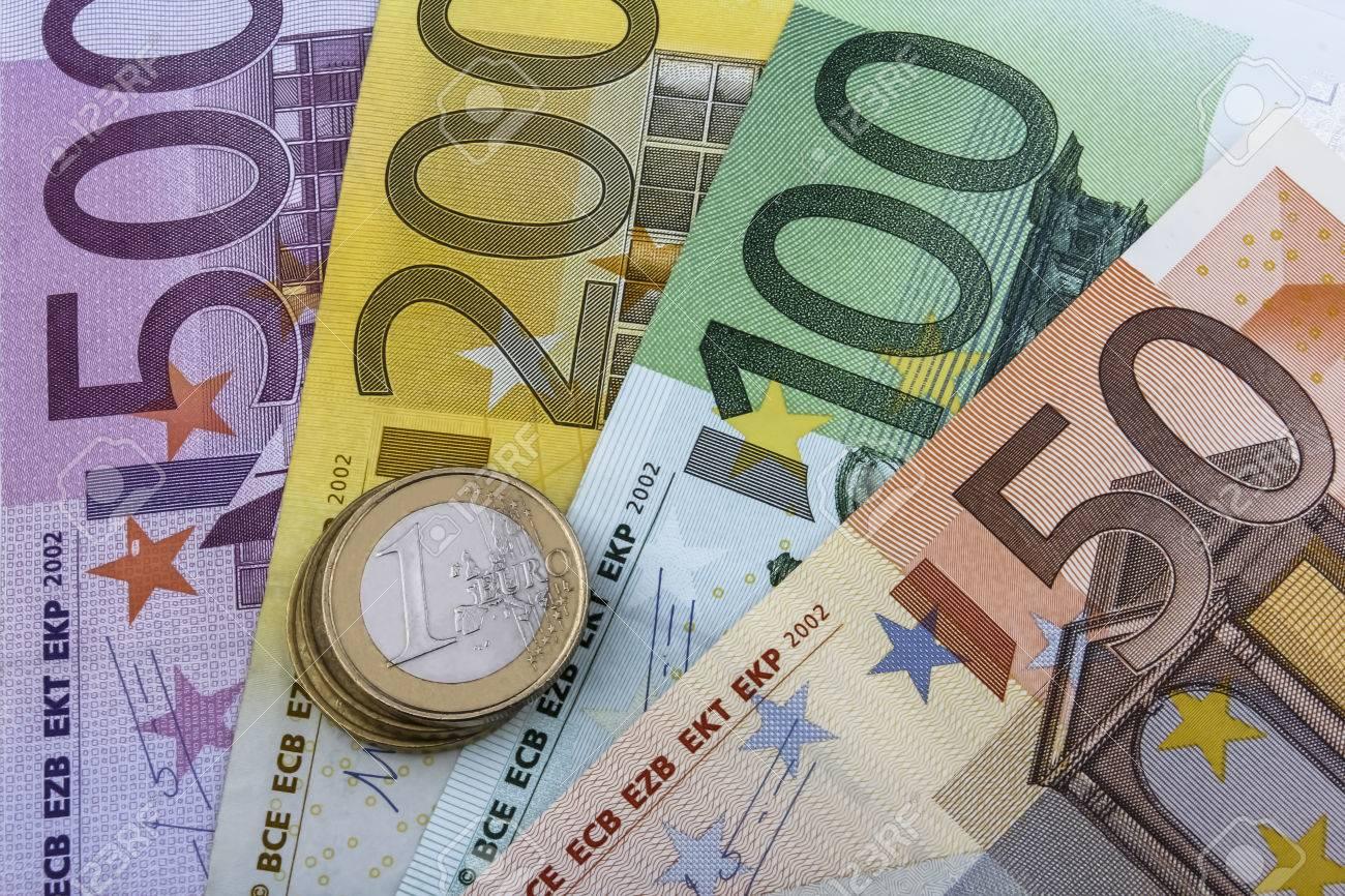 Euro Eur Münzen Und Scheine 50 100 200 Und 500 Euro Banknote