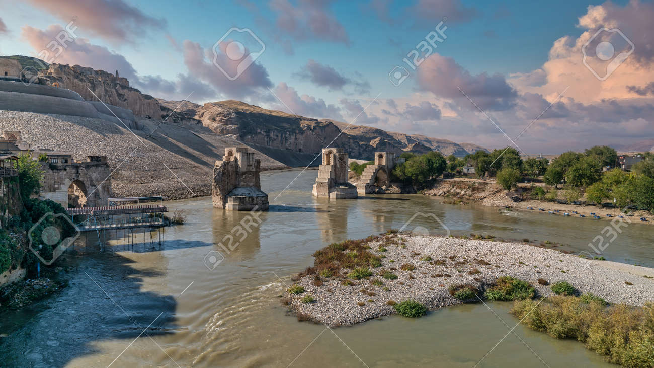 Hasankeyf, Turkey - Remains of the town of Hasankeyf on the River Tigris, famous with stone caves after it is evacuated. The town will be sunk under water of ilisu dam - 170682387