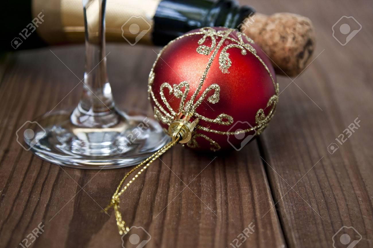 christmas celebrations and christmas drinks - 47328686