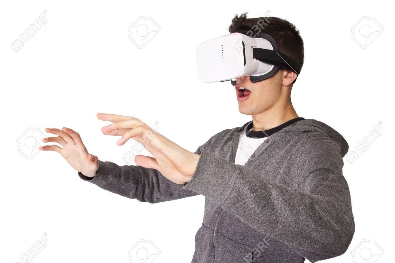 virtual reality - 56101380