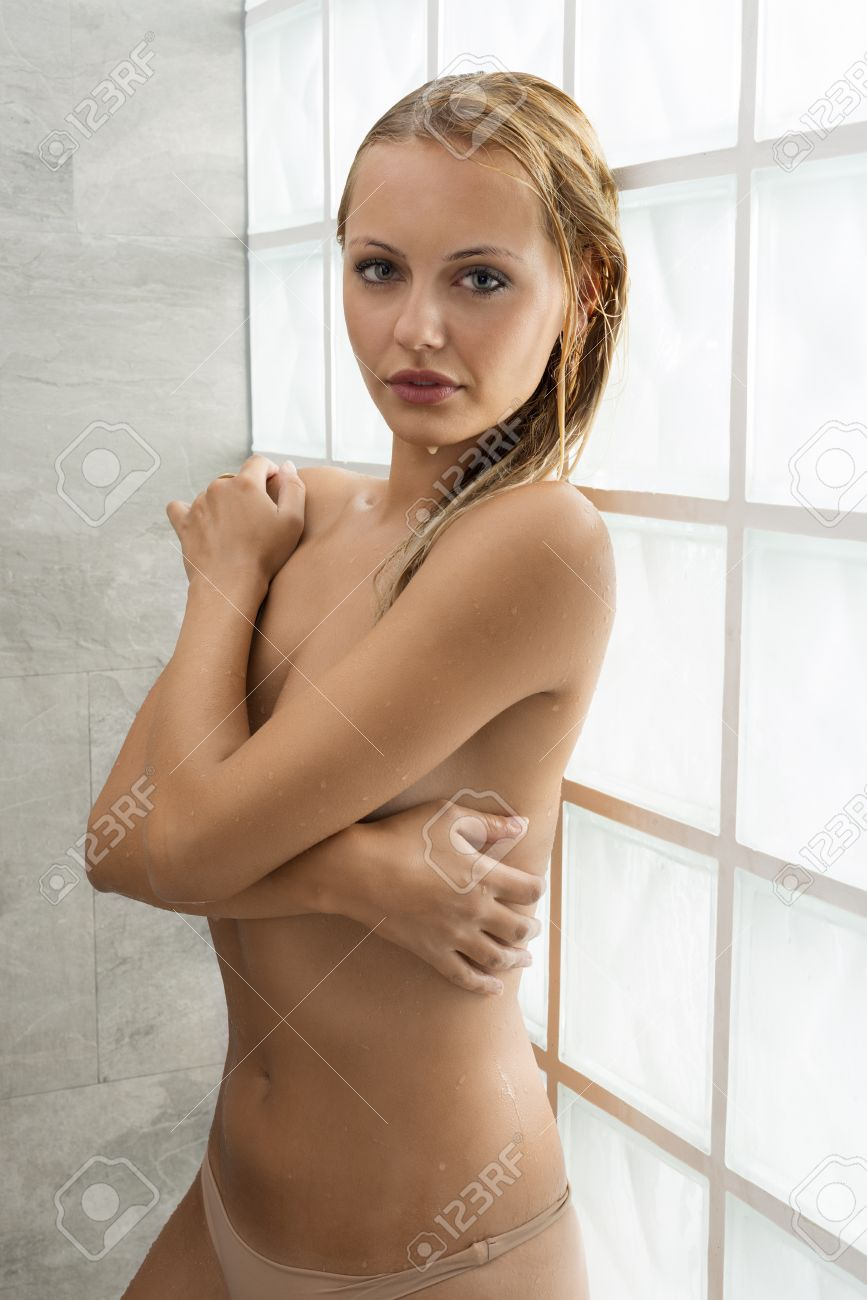 Natural blonde nude woman body