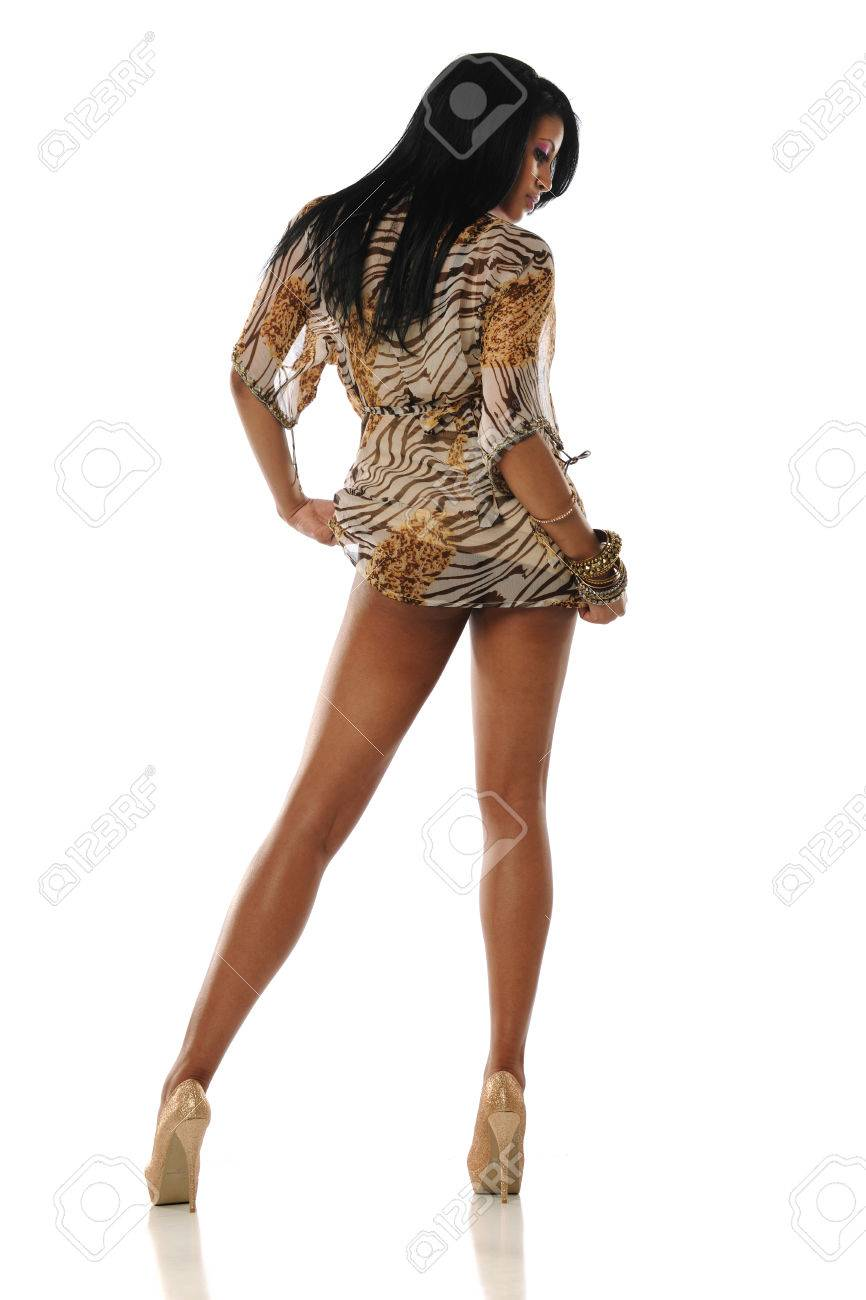 Beige Heels Young African American Wearing A Dress And High Woman TF1KJlc