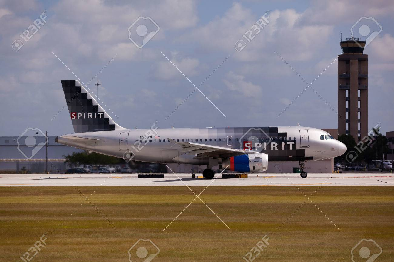 FORT LAUDERDALE, USA - JUNE 1, 2015: A Spirit Airlines Airbus A320 taxiing at the Fort LauderdaleHollywood International Airport, Florida. Spirit Airlines has its operating base in Fort Lauderdale. - 49163707