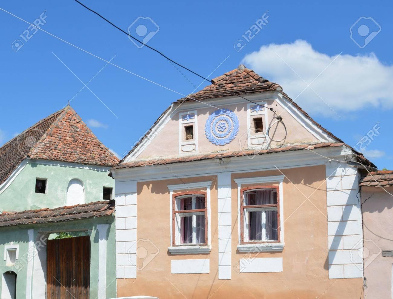 Typisches Haus Im Dorf Crit Siebenburgen Lizenzfreie Fotos Bilder