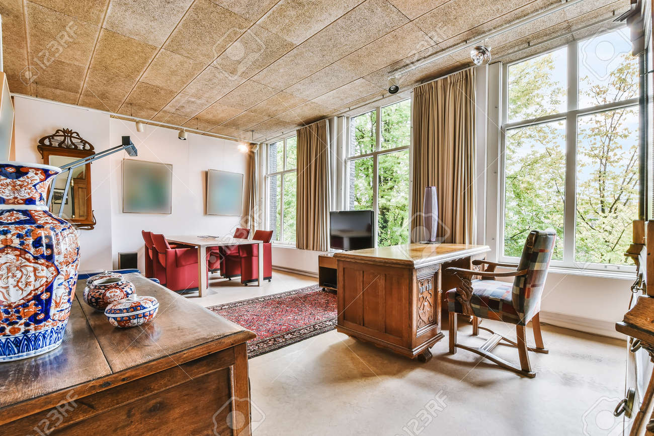 Interior of a spacious room in a luxury house - 169905173