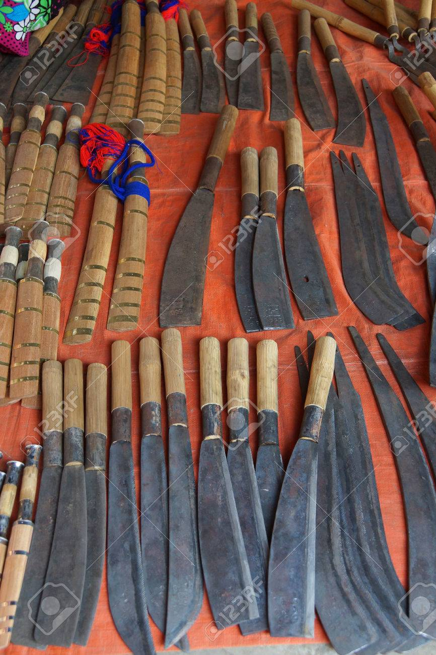 42477152-handmade-knives-and-other-steel-tools-for-sale-at-a-weekly-market-on-inle-lake-myanmar-burma-.jpg