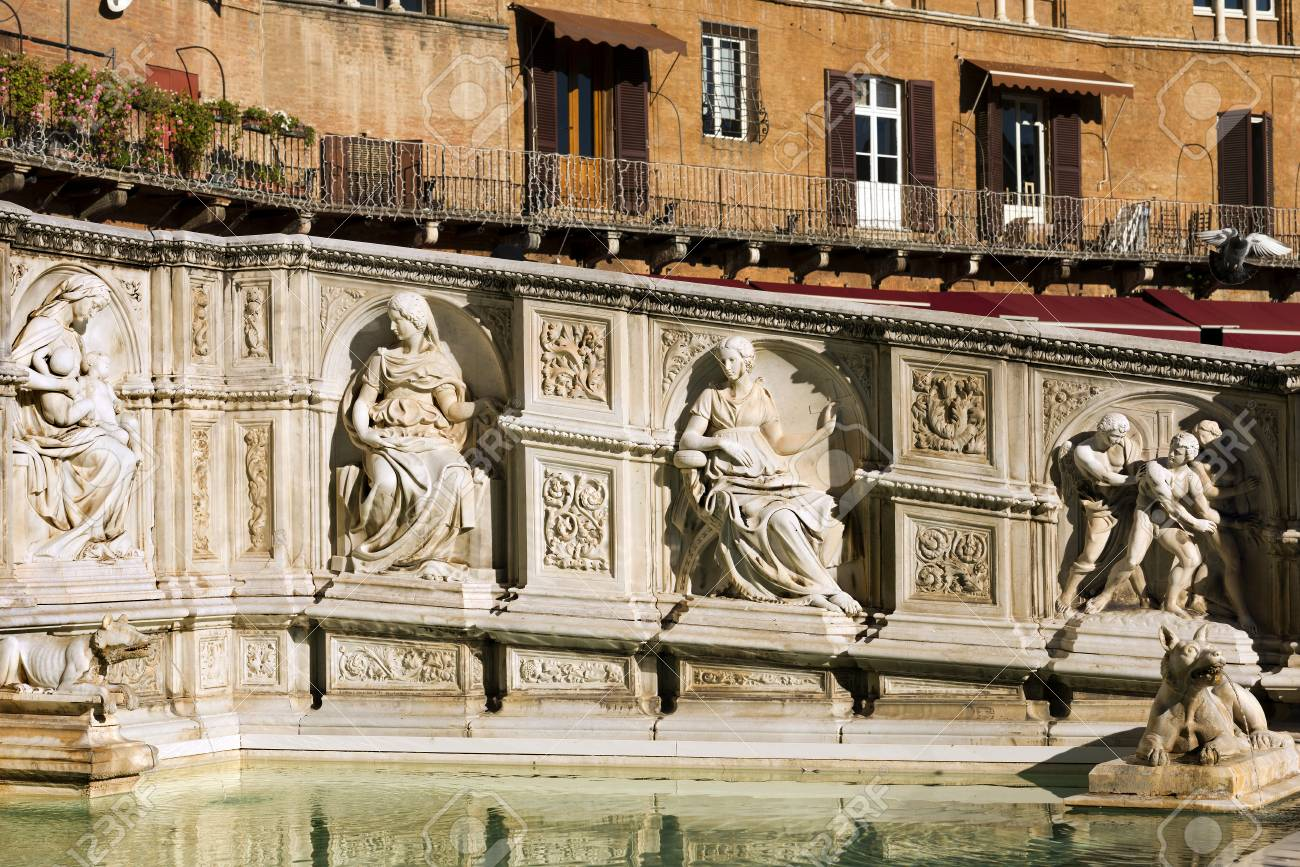 Ancient Gaia Statue the fonte gaia (fountain of joy), monumental fountain in piazza..