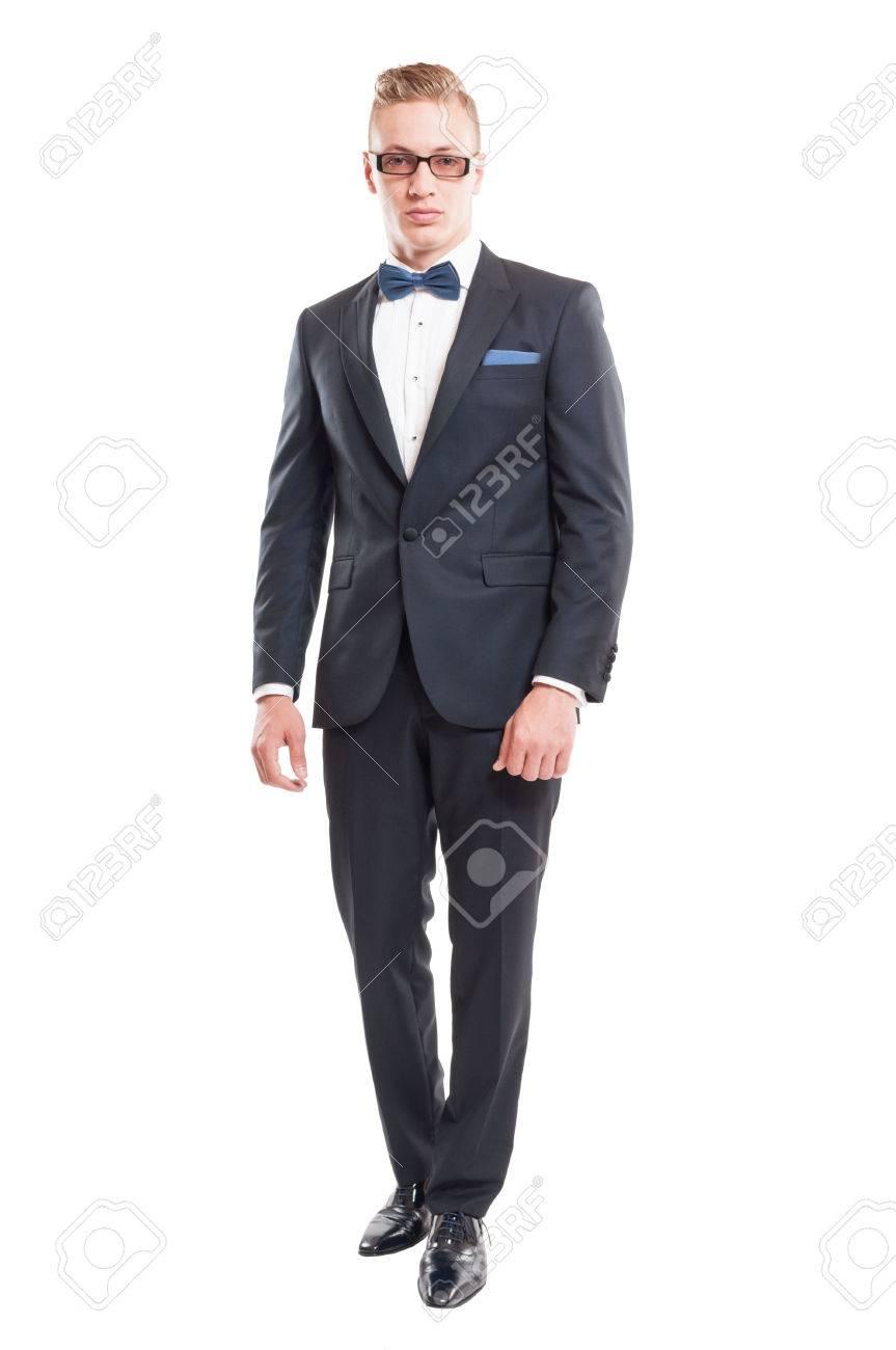 0badb125443fe9 Elegante Männlichen Modell Trägt Anzug
