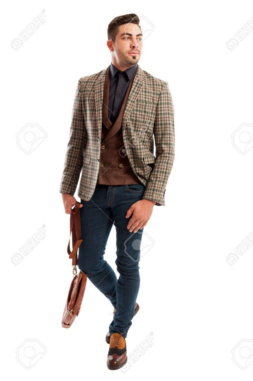 829bc6dd00 Uomo d'affari che indossa giacca plaid casuale e retrò moda e jeans