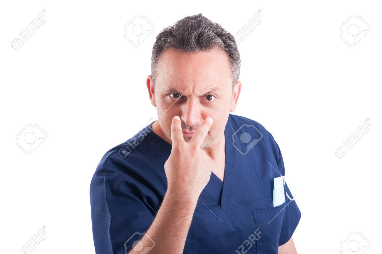Male doctor making look into my eyes or pay attention gesture - 42154912