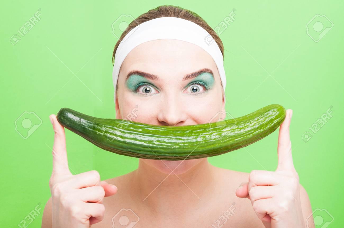 Sexy women big mouth
