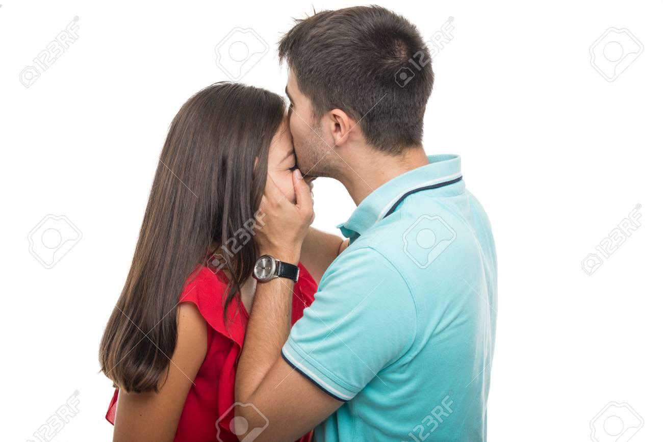 voorhoofd Kiss dating Top 10 Lesbische dating sites