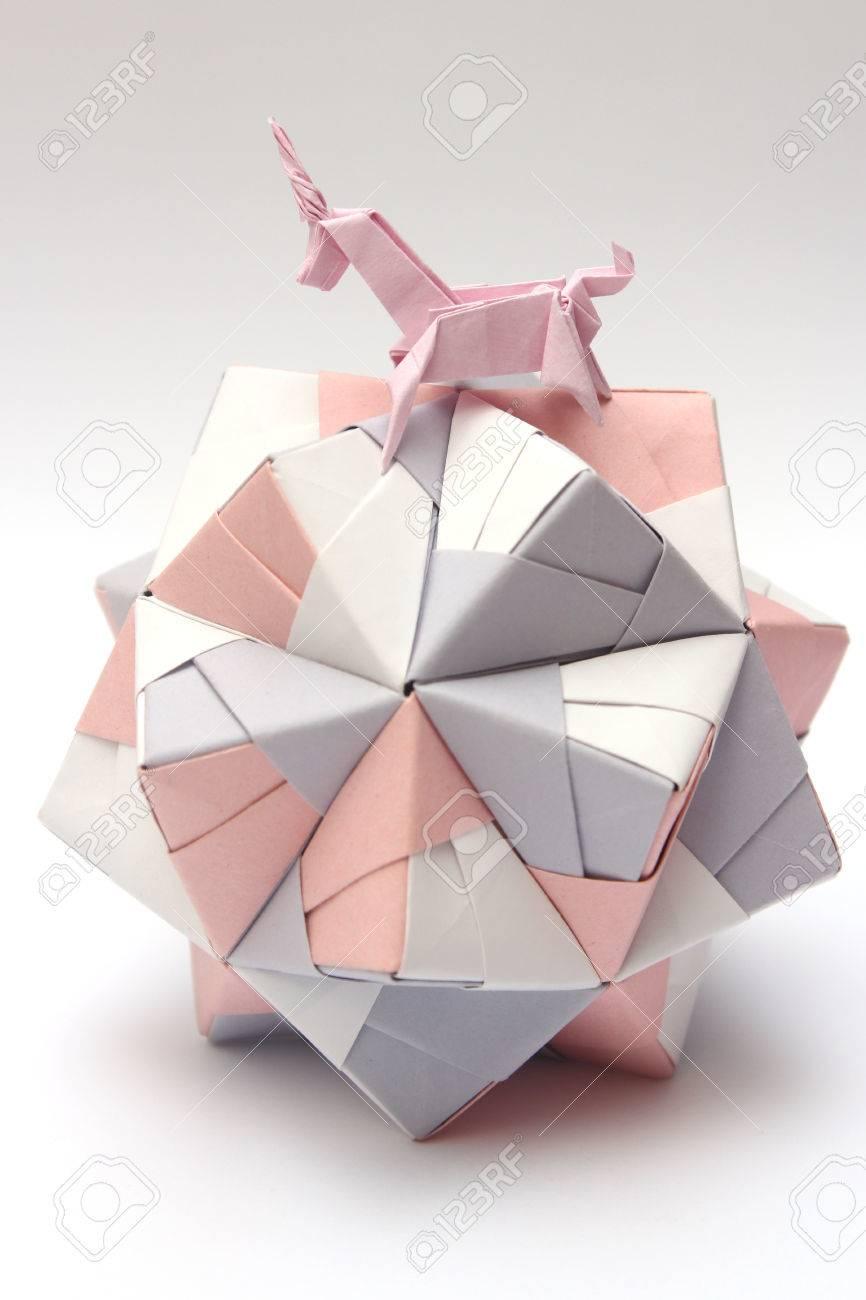 Unicorn Oriol Esteve | Gilad's Origami Page | 1300x866