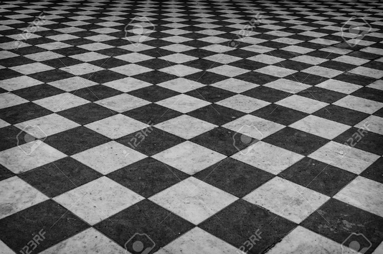 Black and white checkered marble floor pattern - 38872499