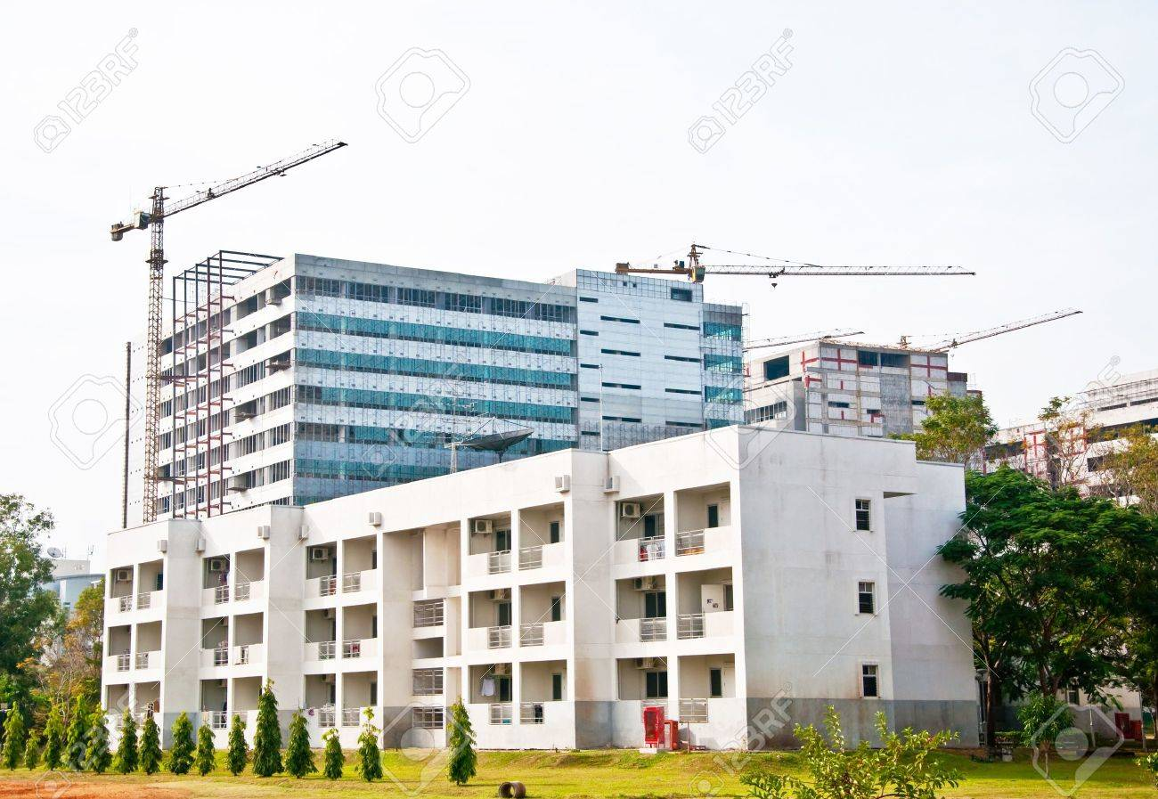 The Modern building under construction Stock Photo - 8967621