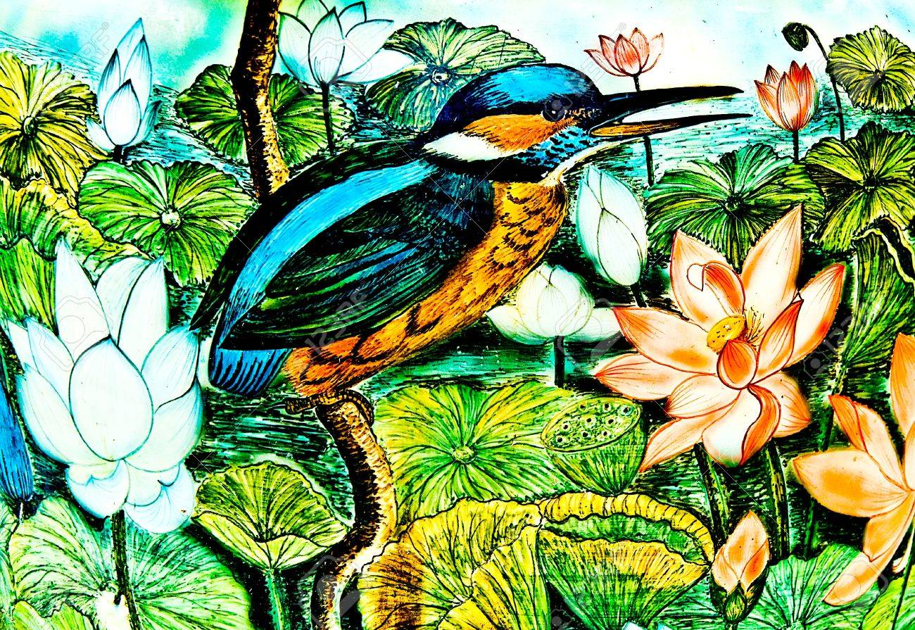 The Painting of kingfisher on ceramic vase background.This is traditional and generic style in Thailand. No any trademark or restrict matter in this photo. Stock Photo - 13654180