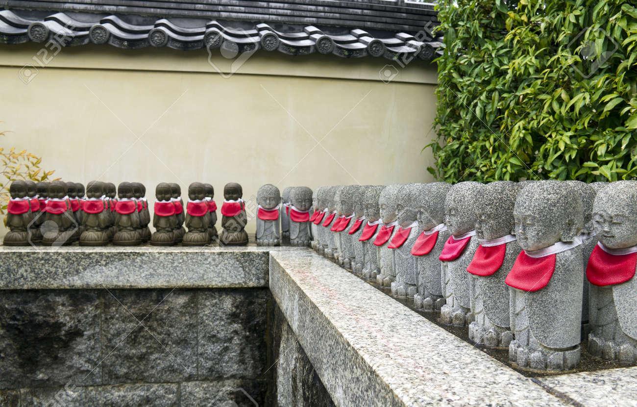 Row of stone statues at Tenryuji temple in Kyoto, Japan Stock Photo - 13698106