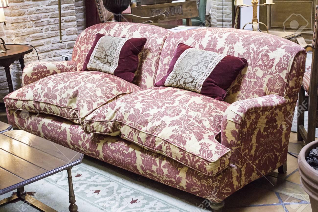 Cojines De Casa.Sofa Con Dibujos De Interior Cojines Casa