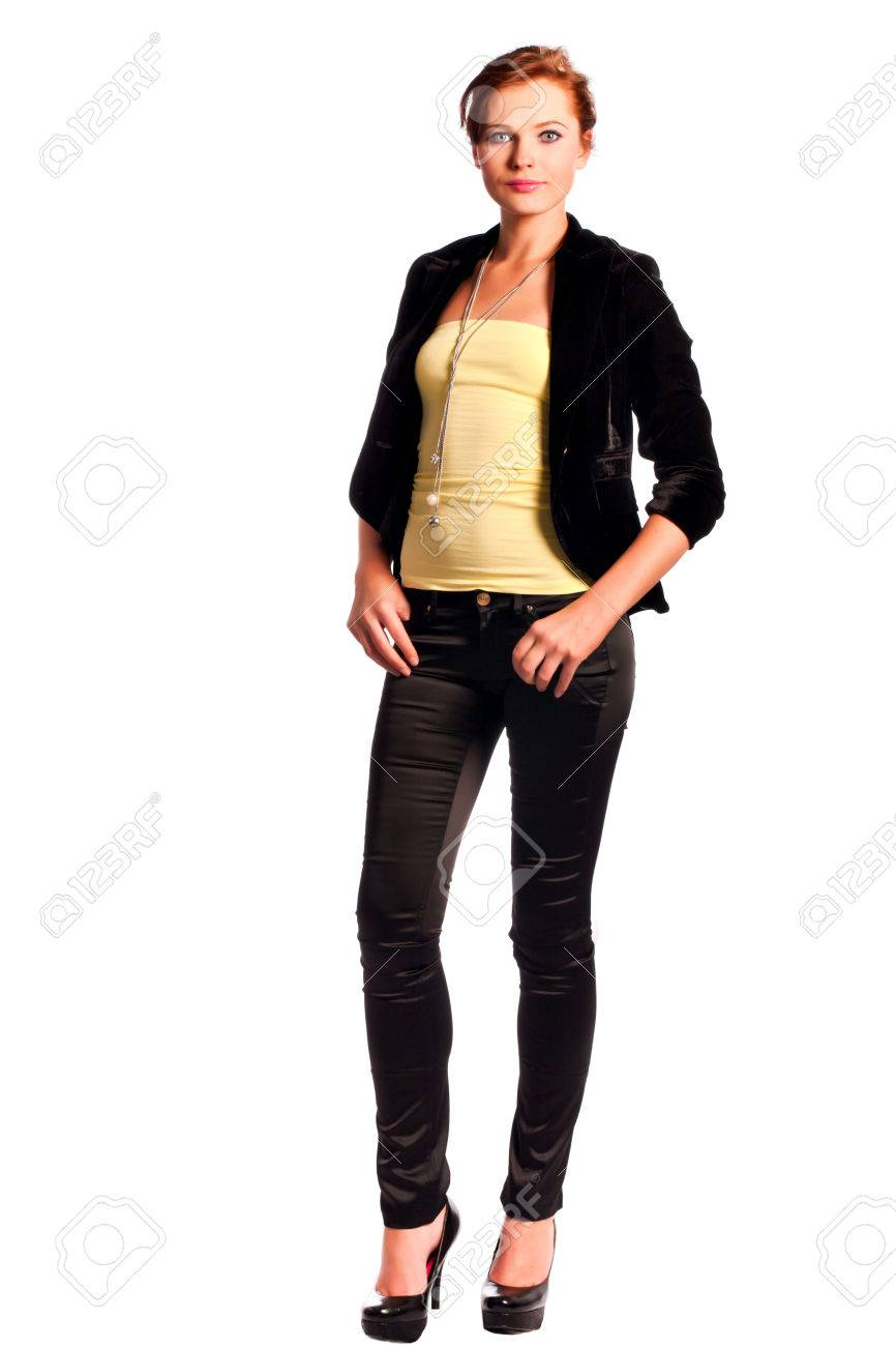 Veste jaune pantalon noir