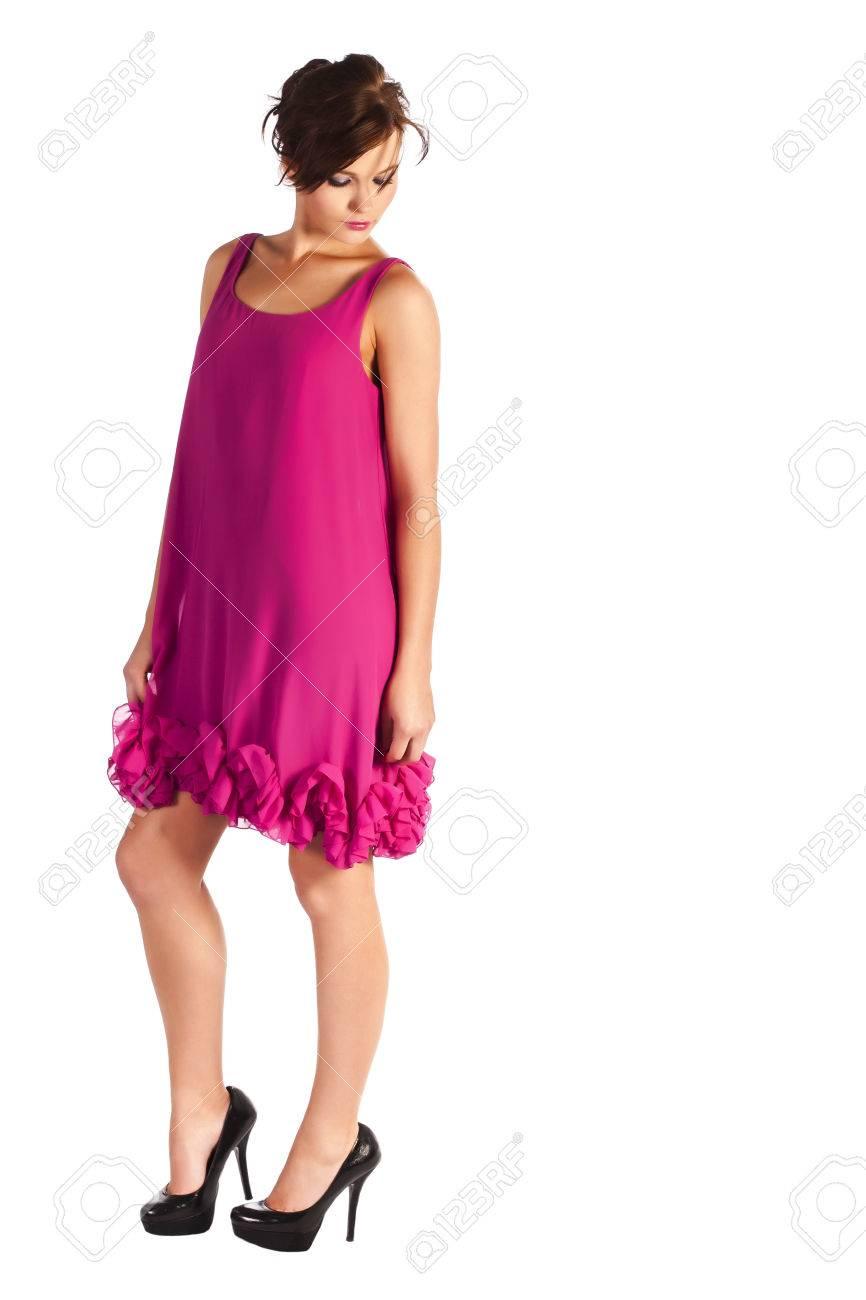 Rosa kleid schwarze schuhe