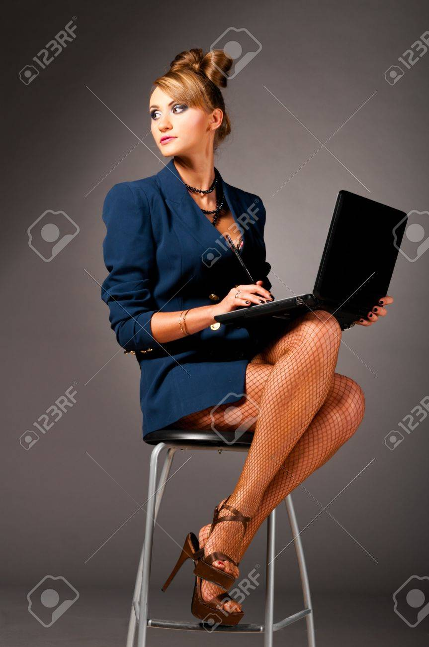 Секретаршу в офисе 17 фотография