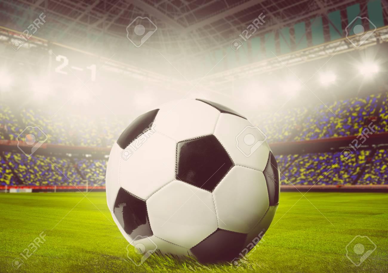 Fußball Oder Fußball Ball Auf Stadion, Getönten Warmen Farben ...