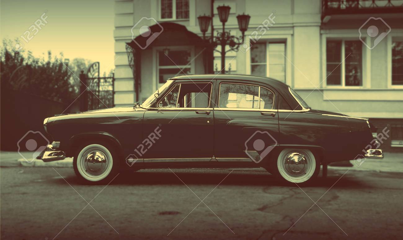 Old Rare Car Wallpaper Background Topical Car Vintage Retro Style