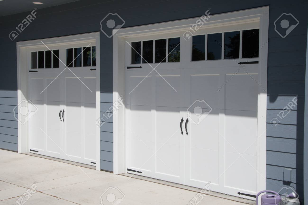 Garage Doors In Small Town Washington State Stock Photo Picture