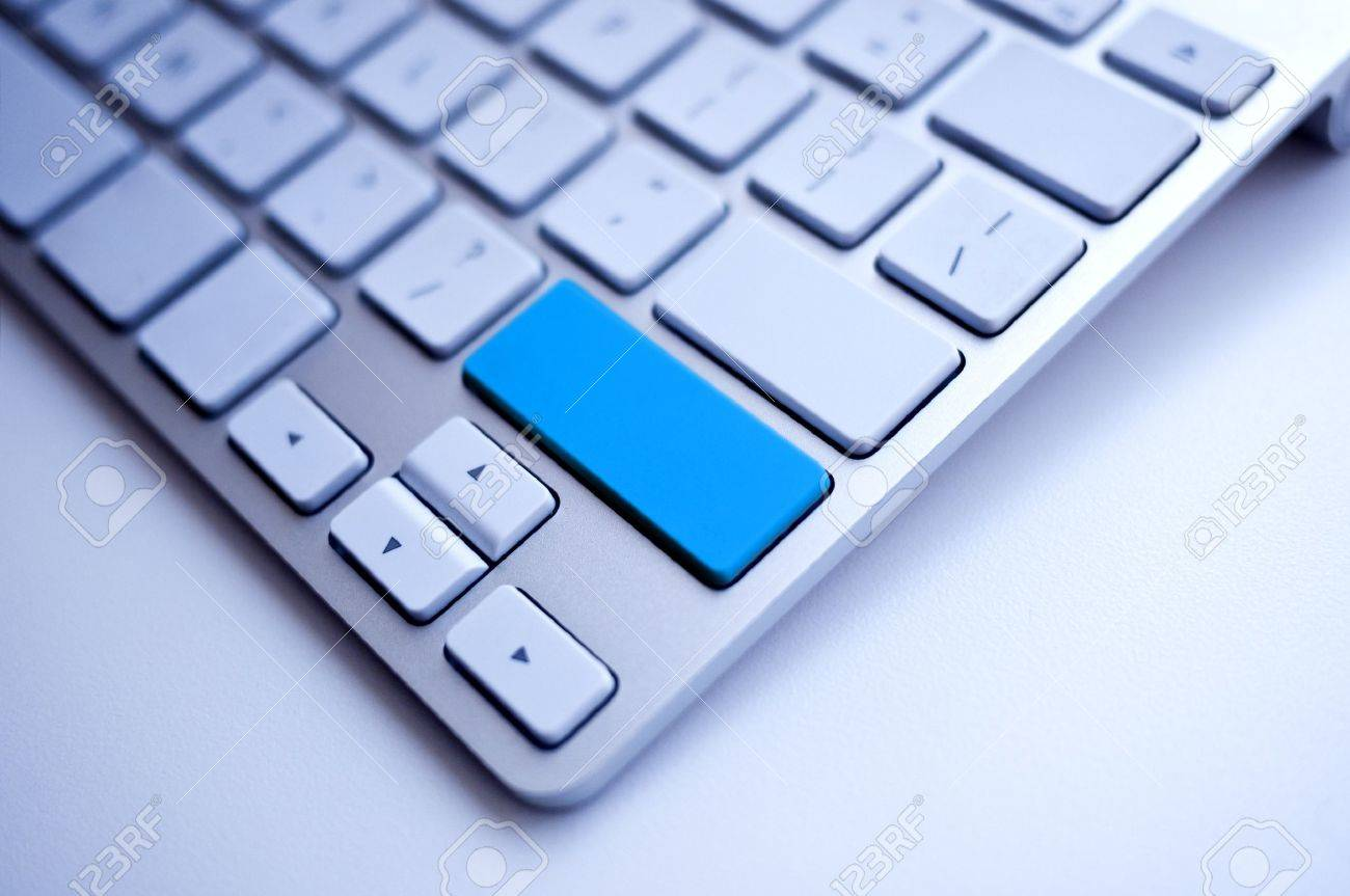 Blue Keyboard empty space free for the word Stock Photo - 15702994
