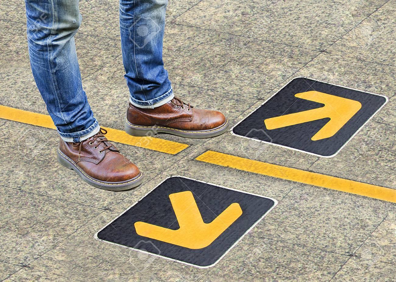 confusion , direction , arrow - 34108250