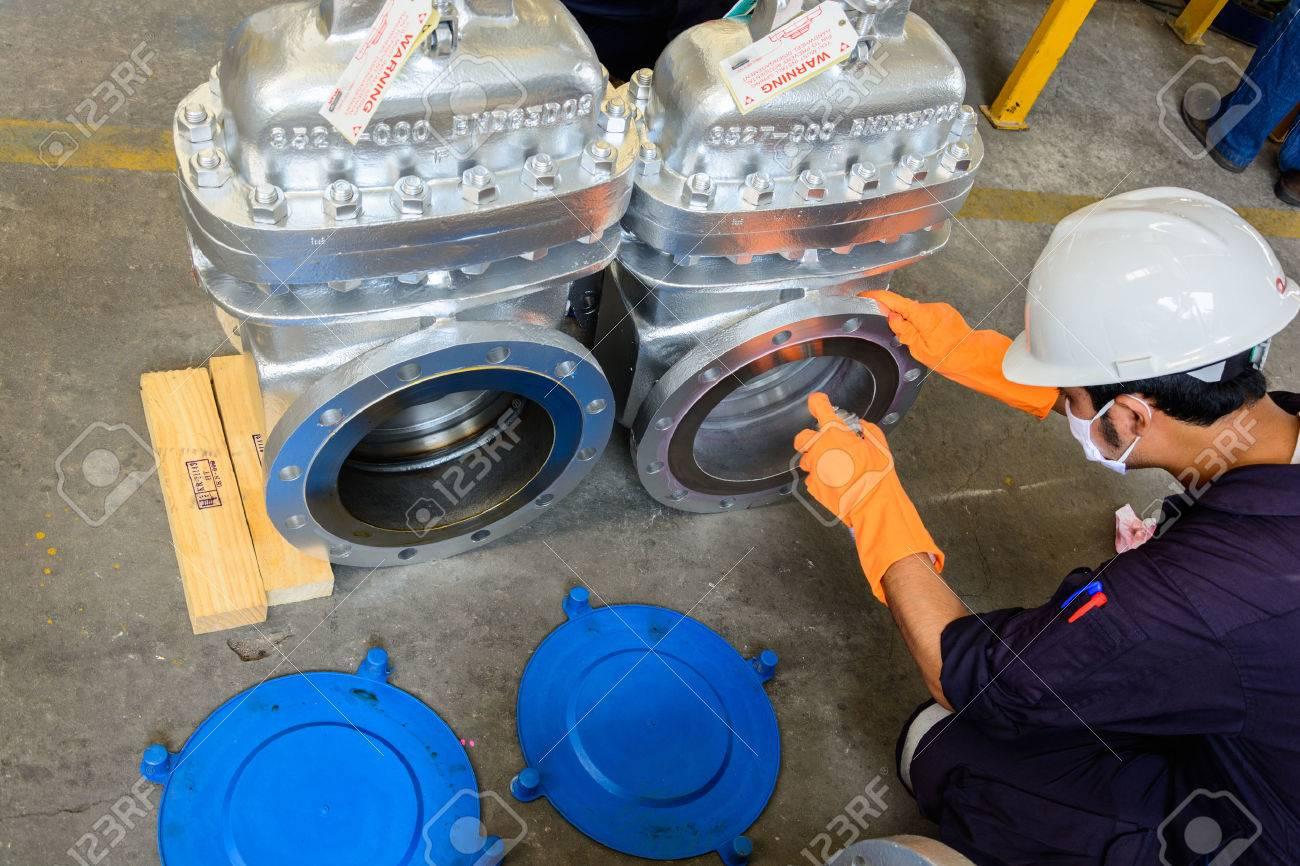 Visual Inspection and Liquid Penetrant Testing on valve