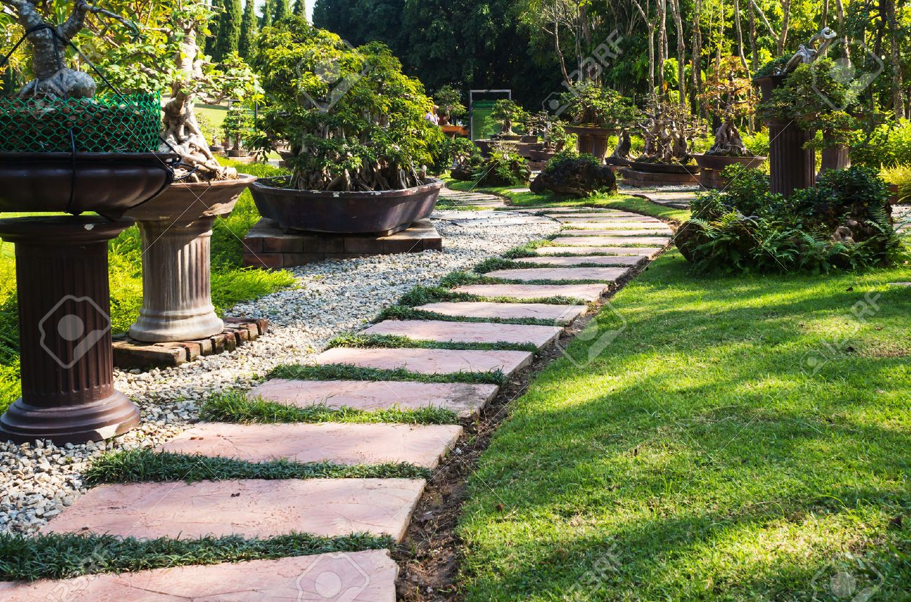 Landscaping In The Garden. The Path In The Garden. Stock Photo   36124151