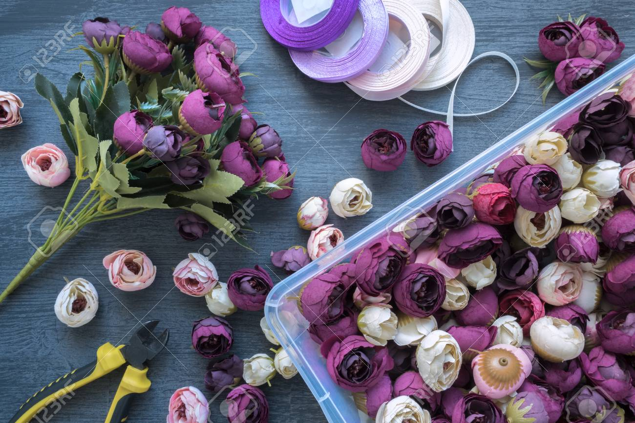 Making A Artificial Flower Bouquet For Wedding Decorating And ...