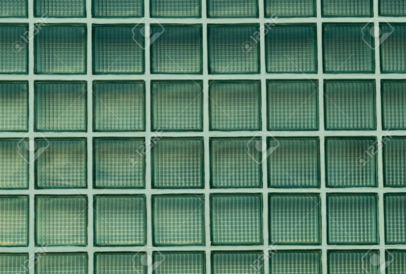 Grüne Wand Aus Glasbausteinen Hintergrund Lizenzfreie Fotos, Bilder ...