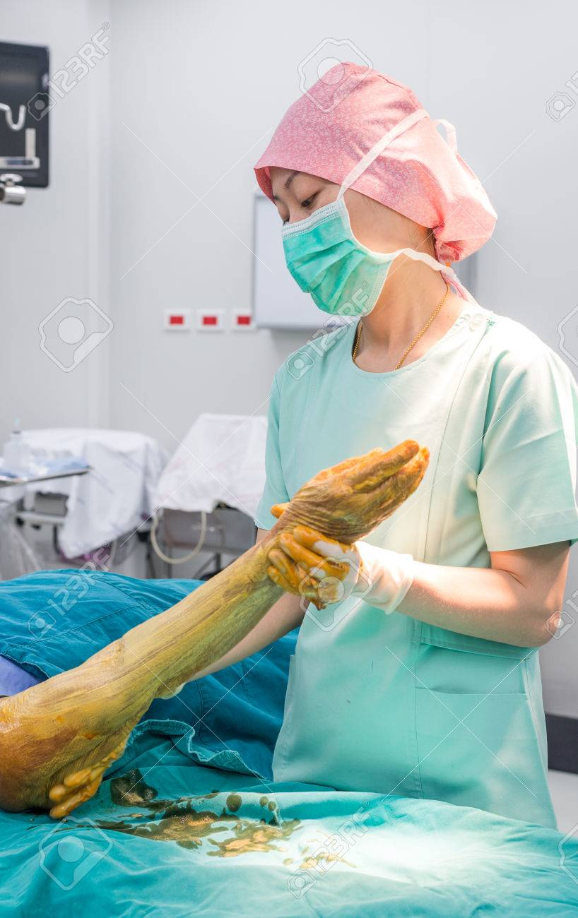 Scrub Nurse Use Cleaning Solution Paint All Forearm And Arm ...