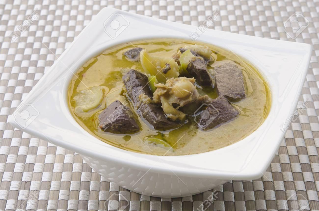 Green Chicken Curry , Thai cuisine Stock Photo - 17970278