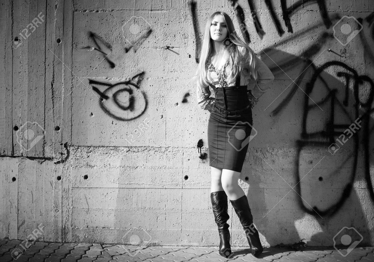 Graffiti wall black - Young Woman On Graffiti Wall Background Black And White Stock Photo 5142598