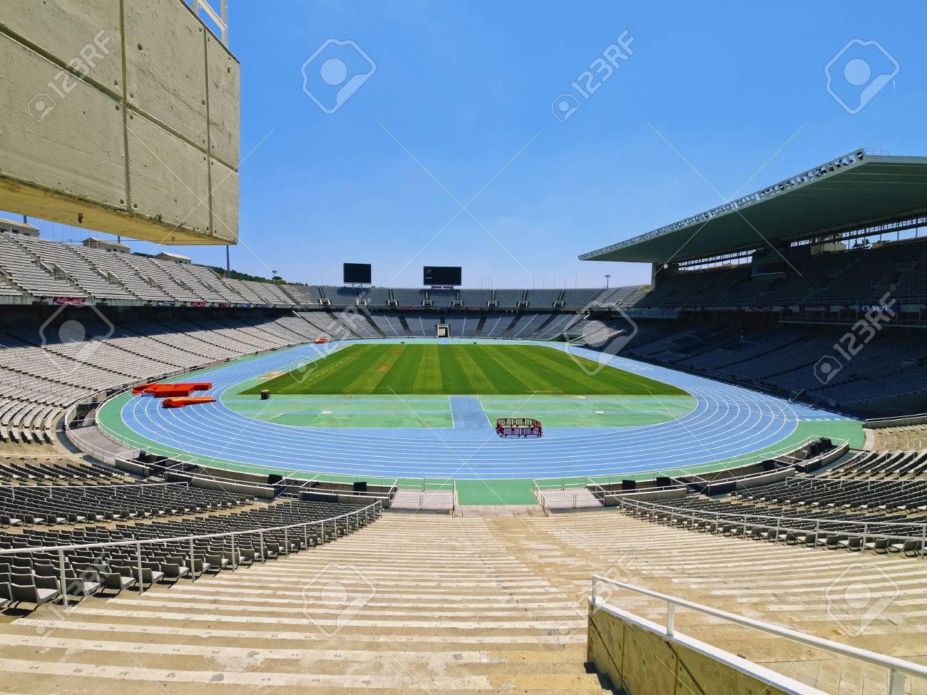 Estadio Olimpico De Montjuic En Barcelona Cataluna Espana Estadi Olimpic