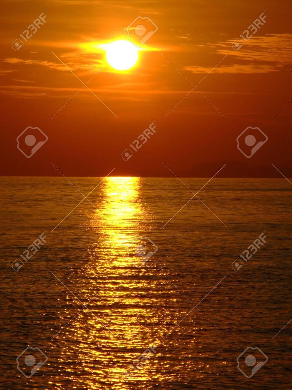 Sunset, Koh Phangan, Thailand. Stock Photo - 6479988