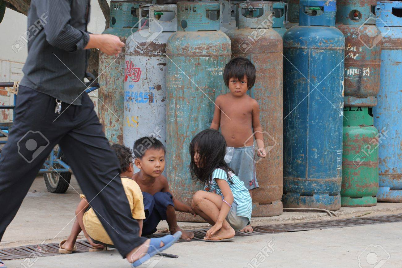 Cambodia -  July, 2011, Cambodian children on the streets of a Thailand border town. Stock Photo - 10580766