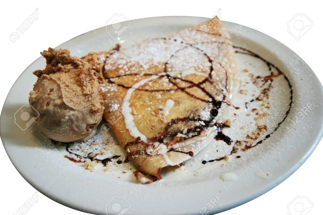 chocolate crepe with ice cream Stock Photo - 10986025