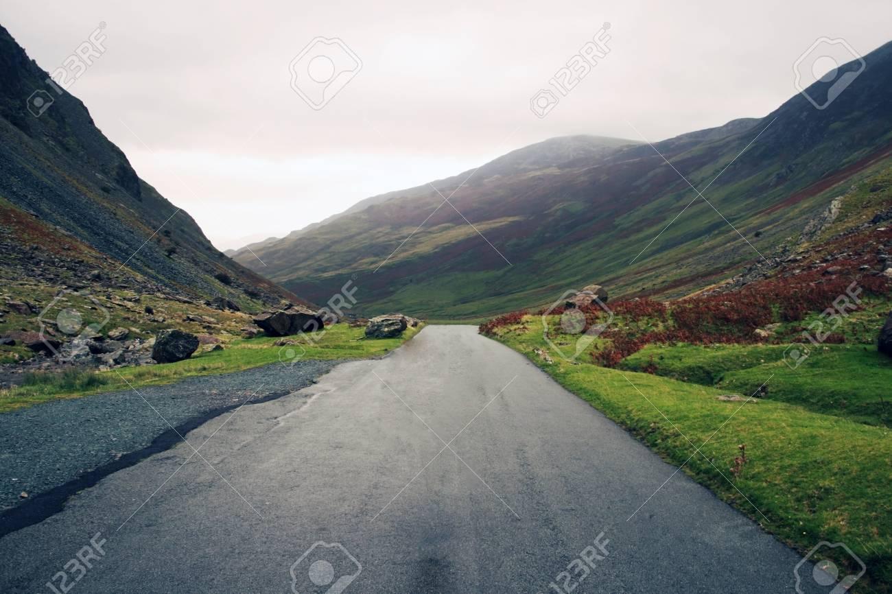 road to lake districk uk Stock Photo - 14892609