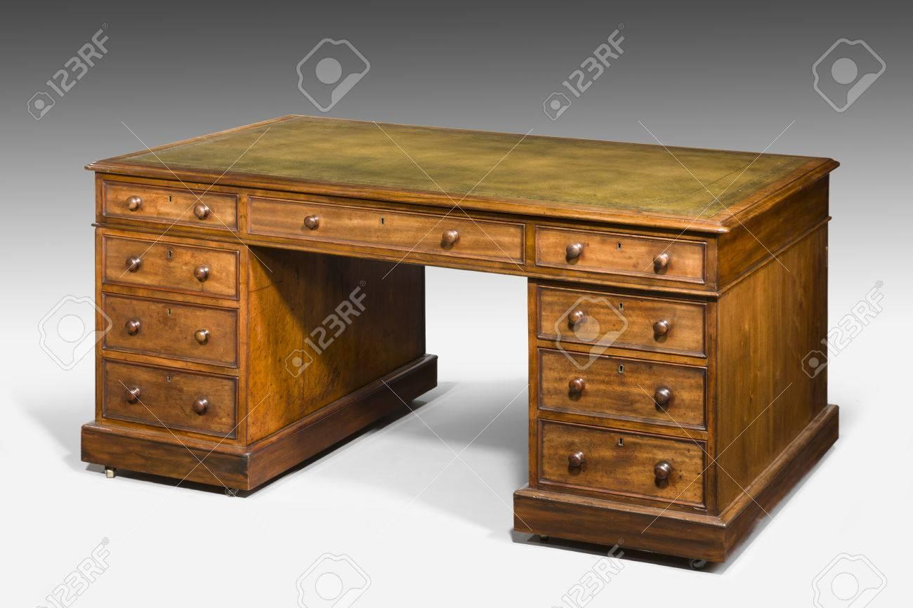 Antique gentlemans partners desk leather top Stock Photo - 44140540 - Antique Gentlemans Partners Desk Leather Top Stock Photo, Picture