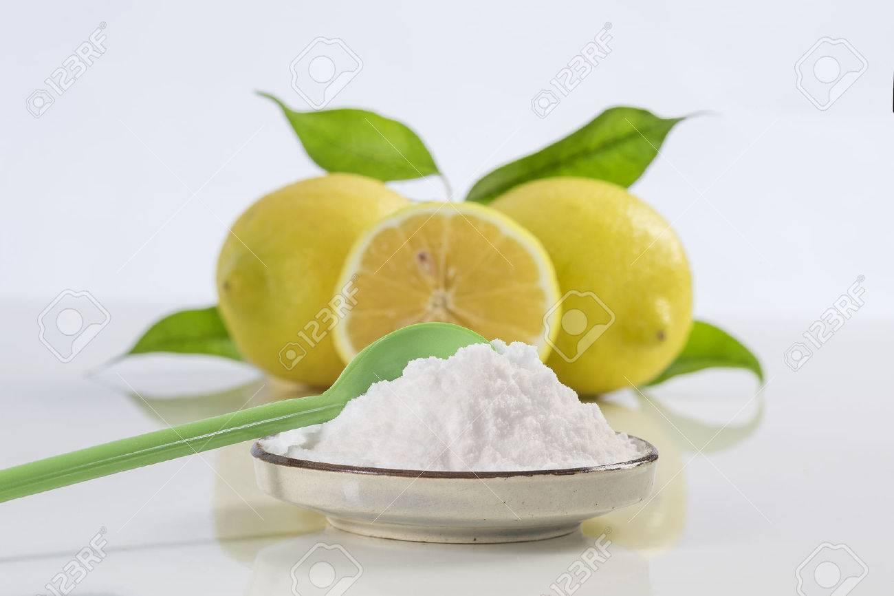 baking soda sodium bicarbonate and lemon for many uses - 60587431