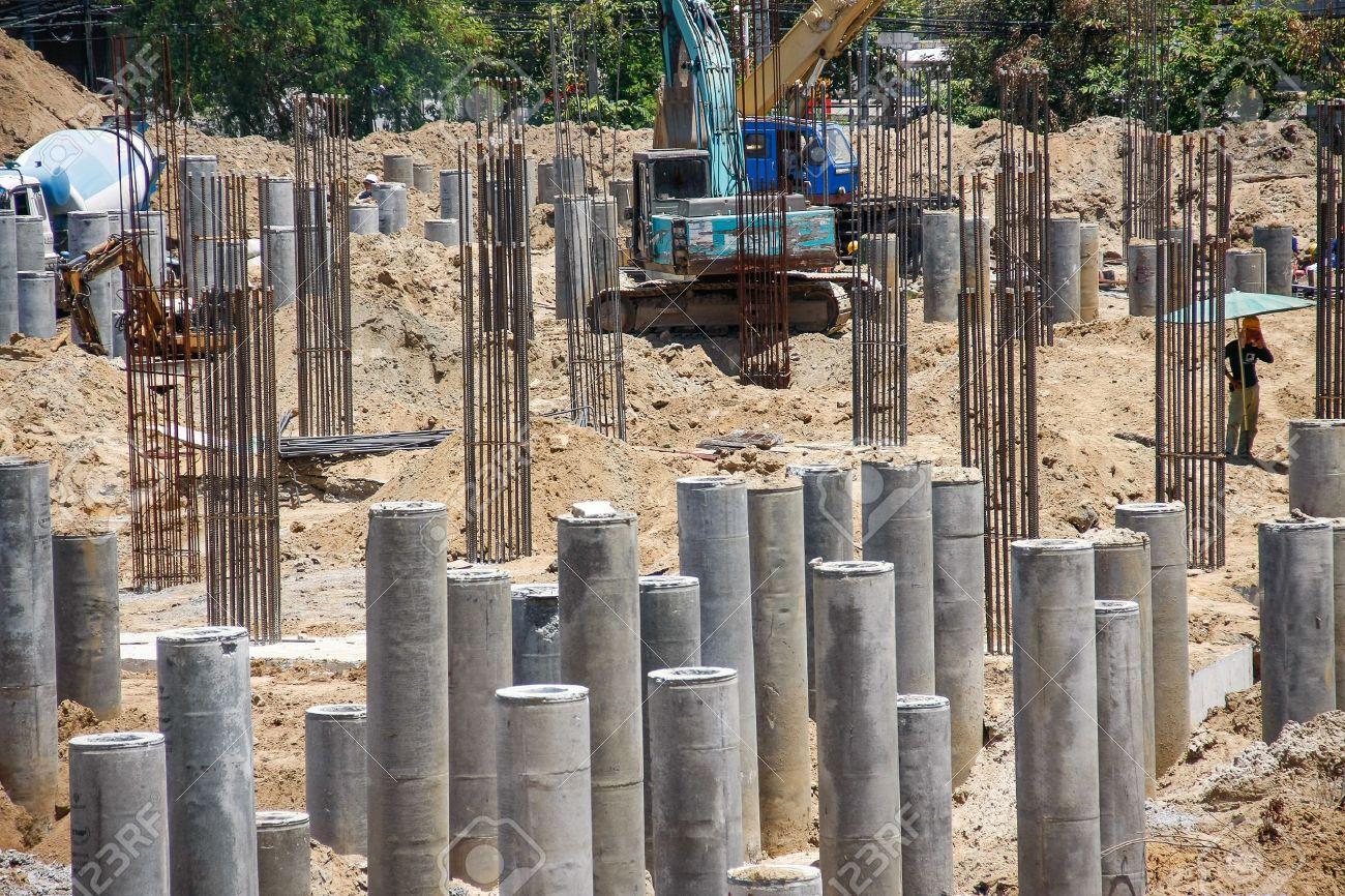 Stiftung Betonpfahl Wurde Fur Unterkonstruktion In Den Boden