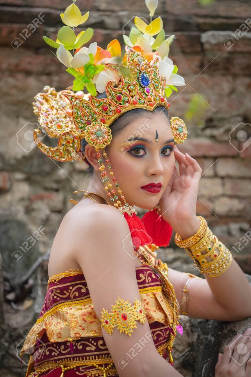 Beautiful Bali Asian Portrait Women In Traditional Costumes