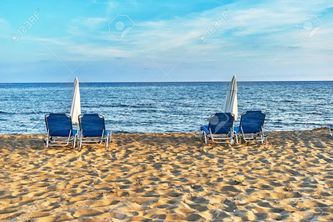 Sdraio Con Ruote Spiaggia.Sdraio Con Ruote Spiaggia Lettino Spiaggia Con Ruote In Giardino