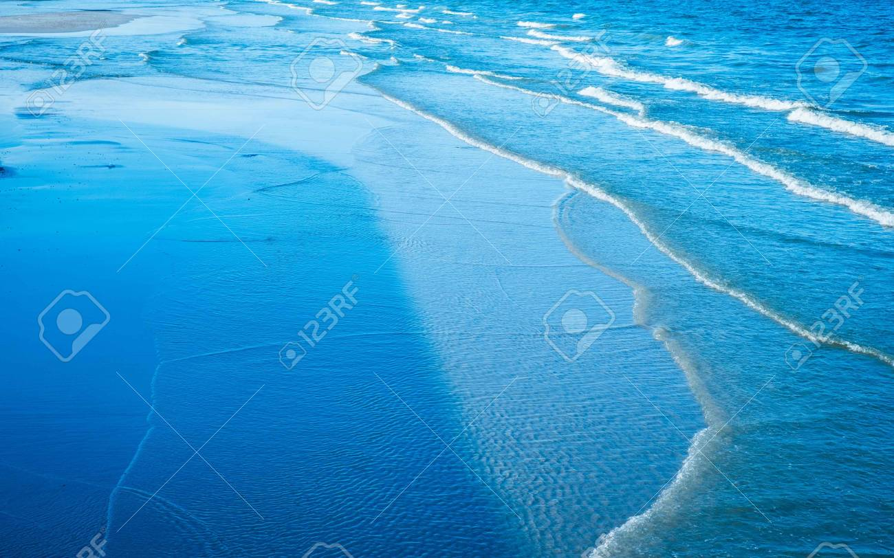 blue wave  background Stock Photo - 17331534