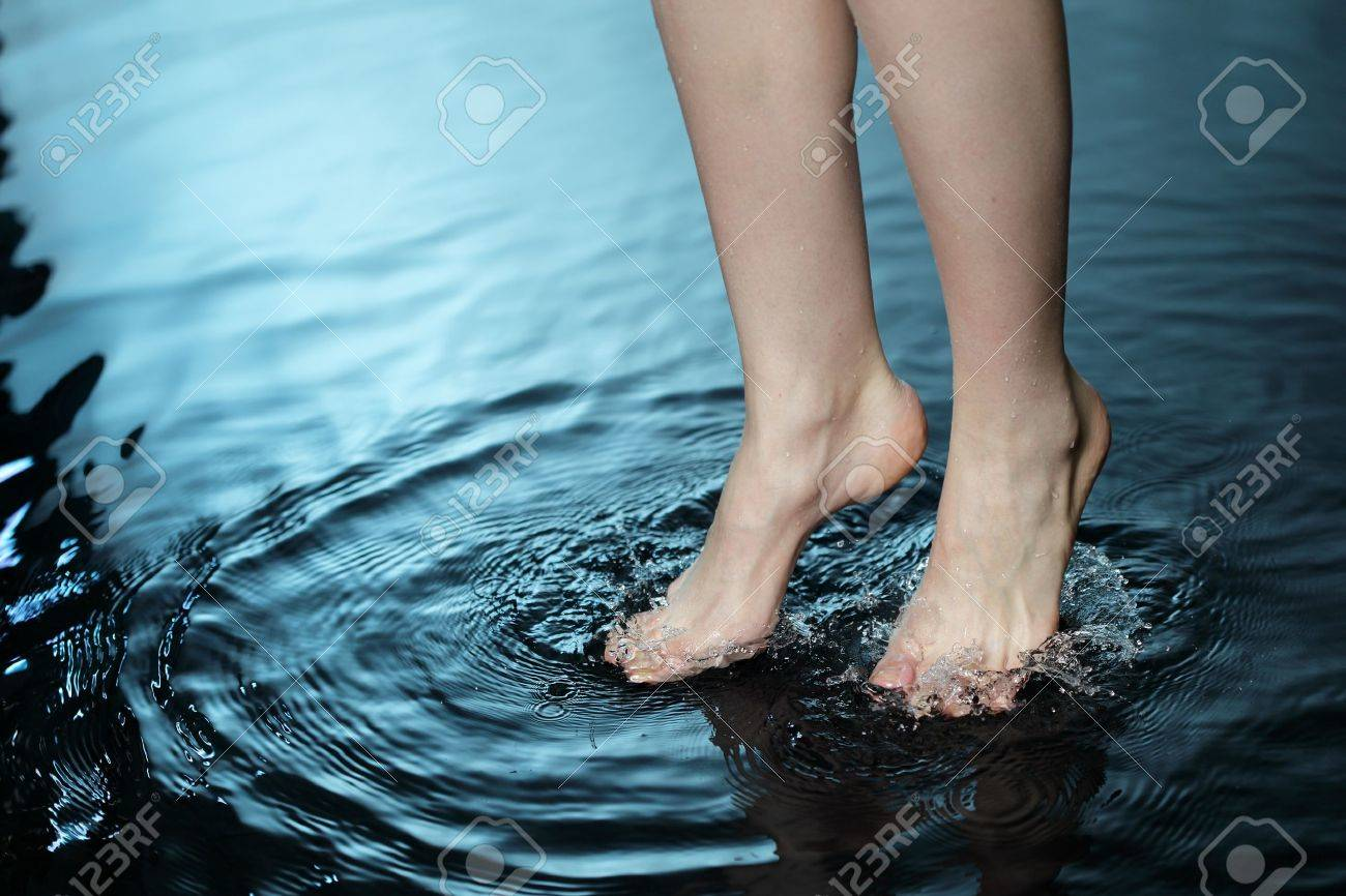 foot in water Stock Photo - 9774143