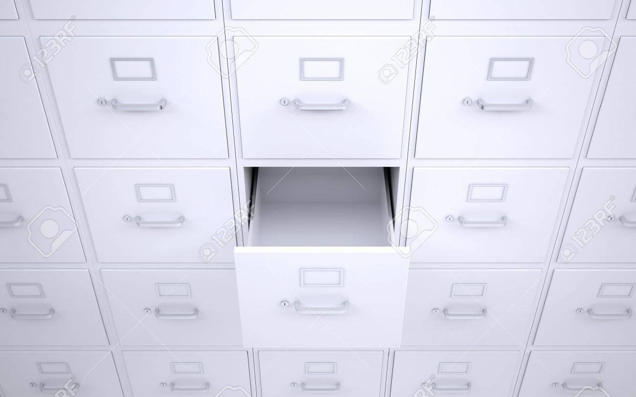 Immagini Stock - Libreria Per Ufficio Con Cassetti Una Scatola è ...